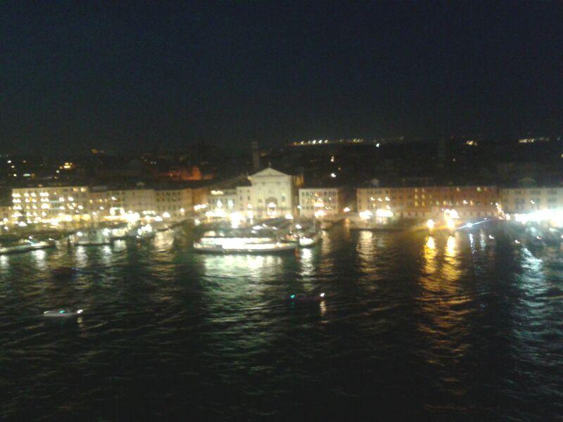 2013-11-03 Venezia (Imbarco) Costa Fascinosa-img-20131103-wa0227-jpg