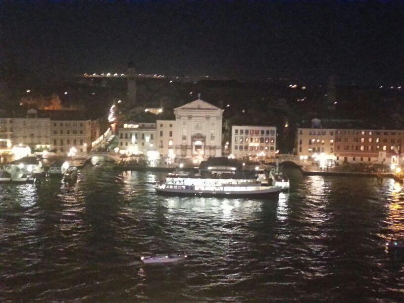 2013-11-03 Venezia (Imbarco) Costa Fascinosa-img-20131103-wa0243-jpg