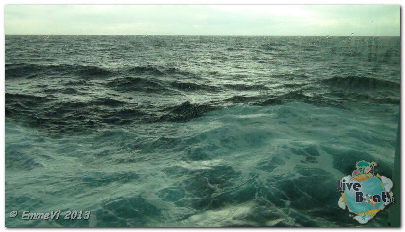 2013/11/05 Navigazione Costa Deliziosa-serate-gala-costa-deliziosa-diretta-liveboat-crociere-42-jpg