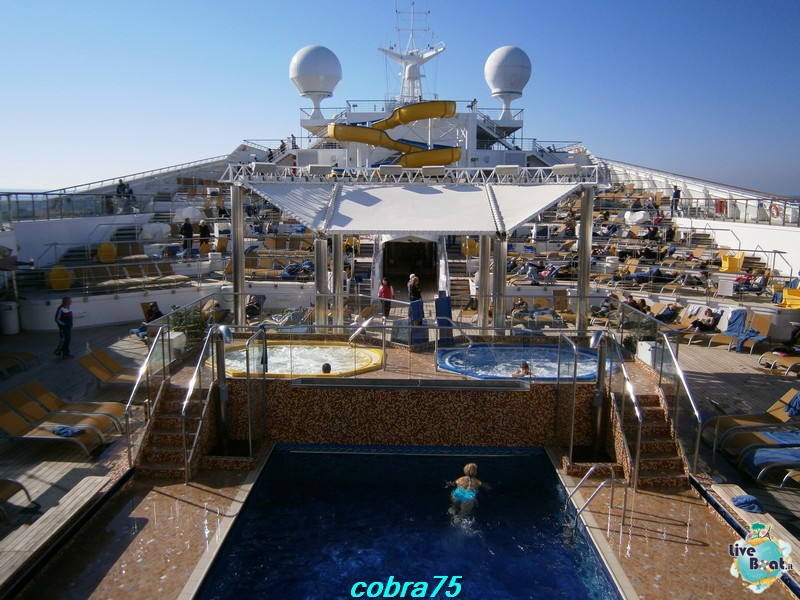Esterni Costa Magica-p1080199-jpg