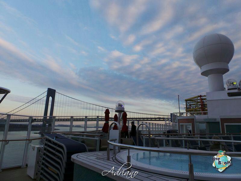 2013/12/01 - New York, Imbarco - Norwegian Breakaway-partenza-porto-new-york-norwegian-breakaway-58-jpg