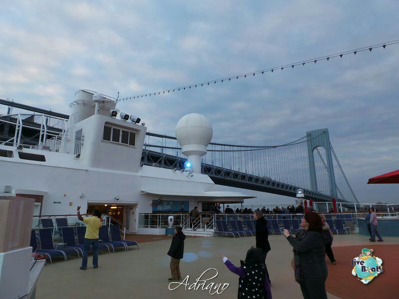 2013/12/01 - New York, Imbarco - Norwegian Breakaway-partenza-porto-new-york-norwegian-breakaway-61-jpg