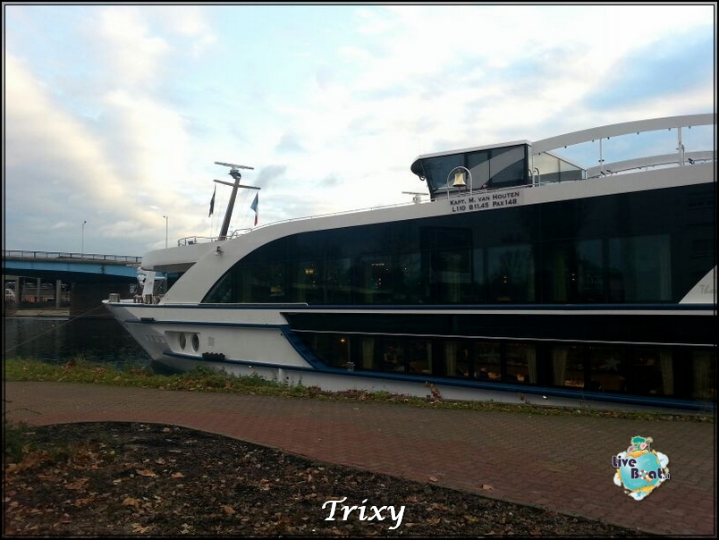 MS Lord Byron nave fluviale one night cruise-ms-byron-nave-fluviale-10-jpg
