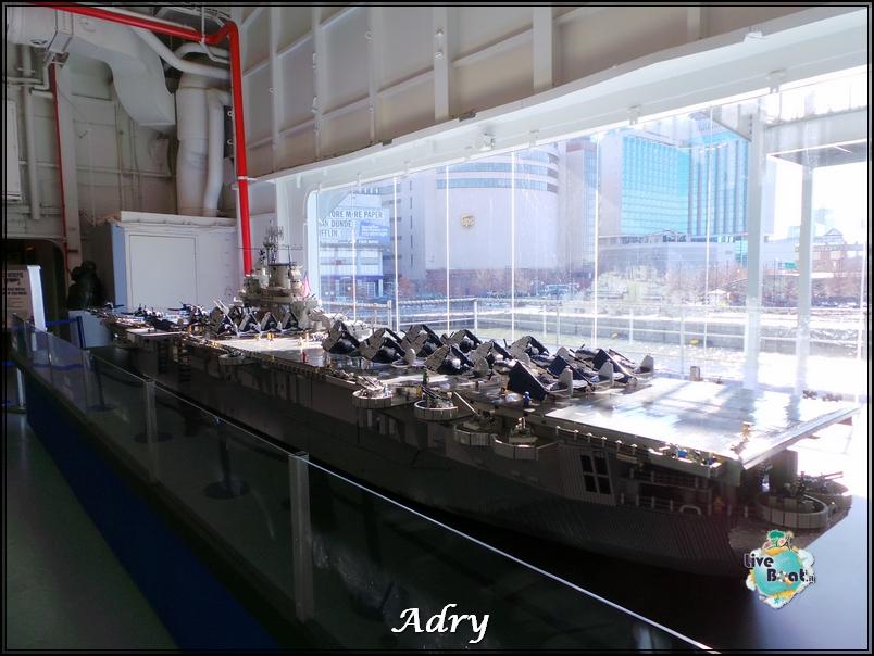 New York, soggiorno-61newyork-museo-intrepid-citycenter-crociera-diretta-liveboat-crociere-jpg
