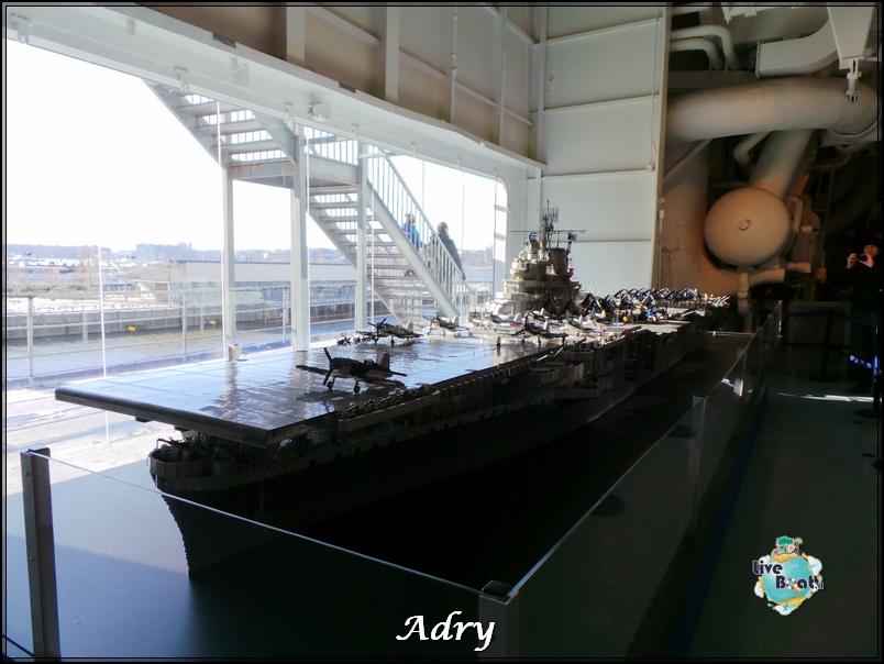 New York, soggiorno-62newyork-museo-intrepid-citycenter-crociera-diretta-liveboat-crociere-jpg