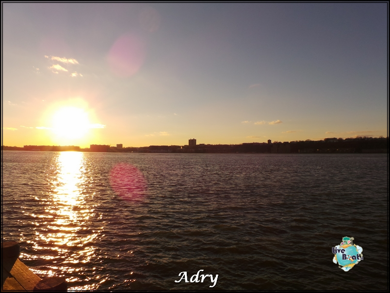 New York, soggiorno-173newyork-museo-intrepid-citycenter-crociera-diretta-liveboat-crociere-jpg