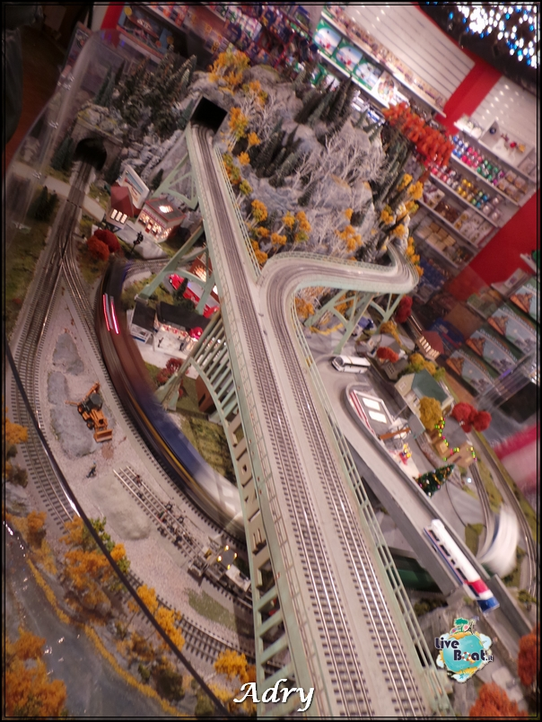 New York, soggiorno-7newyork-mostra-lego-citycenter-crociera-diretta-liveboat-crociere-jpg