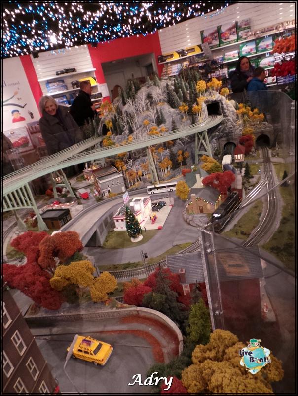 New York, soggiorno-10newyork-mostra-lego-citycenter-crociera-diretta-liveboat-crociere-jpg
