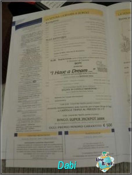 2013/12/20 Partenza da Savona Costa Serena-img-20131221-wa0076-jpg