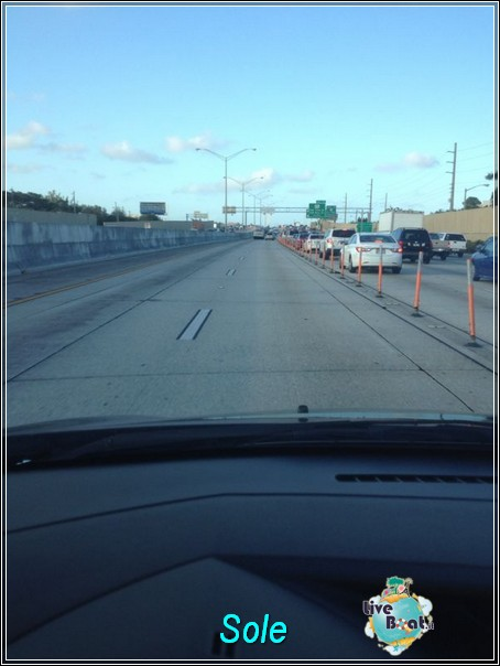 2013/12/23 arrivo a Miami - immigrazione - ritiro a-img-20131224-wa0006-jpg