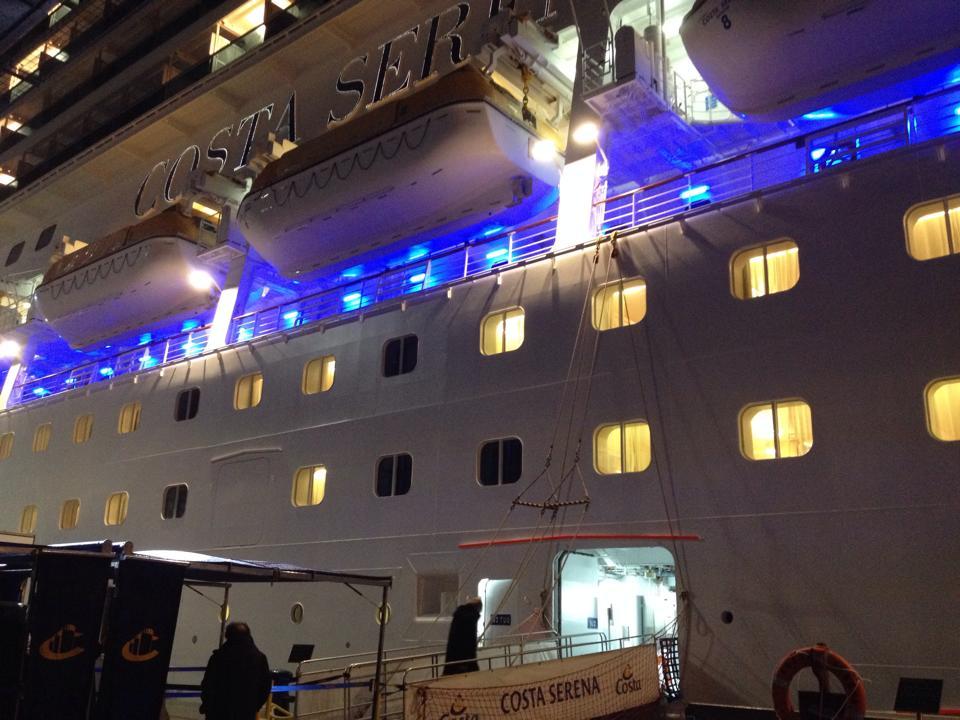 2013/12/26 Savona sbarco ( dirottata a Genova )-1185488_782040525146495_1711874694_n-jpg