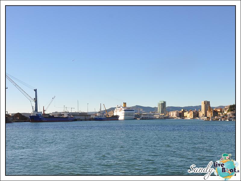 Oggi al porto di....-costa_classica_savona_dicembre2013-01-jpg
