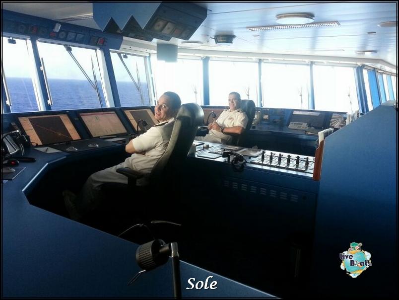 2014/01/02 Navigazione-ponte-comando-norwegian-epic-1-jpg