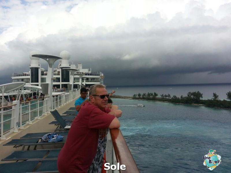 2014/01/03 Nassau (Bahamas)-3-nrwegian-epic-nassau-diretta-liveboat-crociere-jpg
