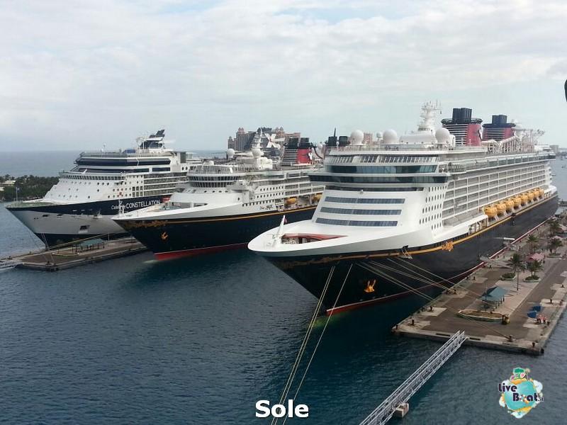 2014/01/03 Nassau (Bahamas)-7-nrwegian-epic-nassau-diretta-liveboat-crociere-jpg