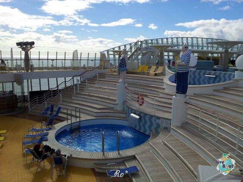Visita su Aida Stella-041-aida-stella-crociera-nave-liveboat-jpg