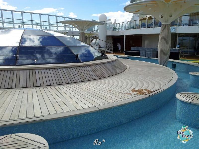 Visita su Aida Stella-044-aida-stella-crociera-nave-liveboat-jpg