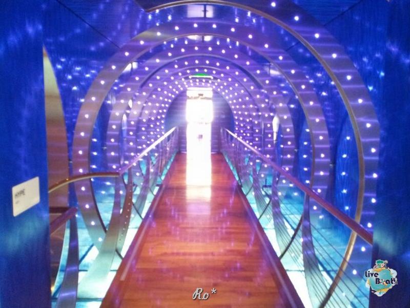 Visita su Aida Stella-056-aida-stella-crociera-nave-liveboat-jpg