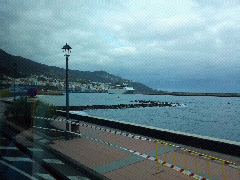 2014/01/14 - St. Cruz de La Palma - Costa Classica-uploadfromtaptalk1389725503719-jpg