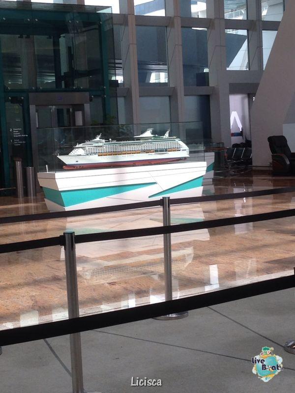 2014/01/19 Imbarco a Singapore overnight-001-celebritiy-millenium-crocera-nave-singapore-liveboat-jpg