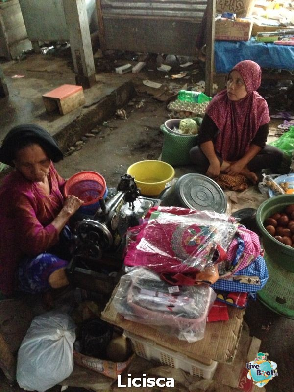 2014/01/23 Lombok, Indonesia Millennium-6-celebrity-millennium-lombok-diretta-liveboat-crociere-jpg