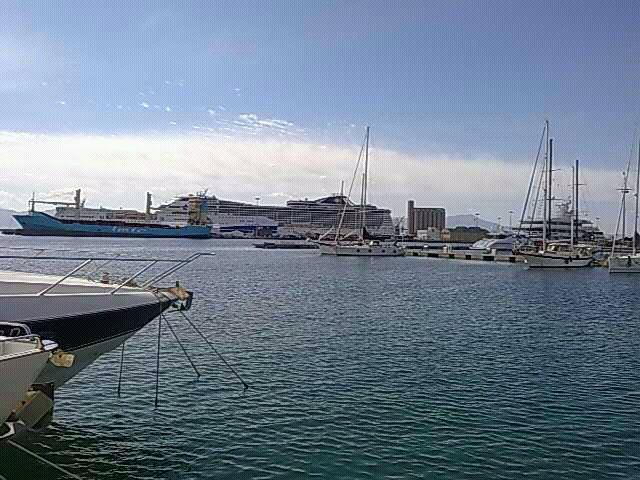 2014/03/08 MSC Splendida - Cagliari-uploadfromtaptalk1394281156816-jpg