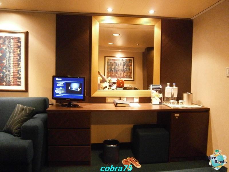 Cabina con balcone cat.H-costa-magica-and-msc-splendida-liveboat-crocierep1200735-jpg