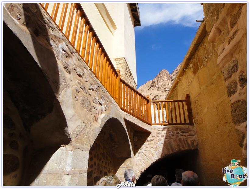 Grande Crociera del Mar Rosso - Costa Voyager-foto-monasterosantacaterina-grandecrocieramarrosso-forumcrociereliveboat-5-jpg