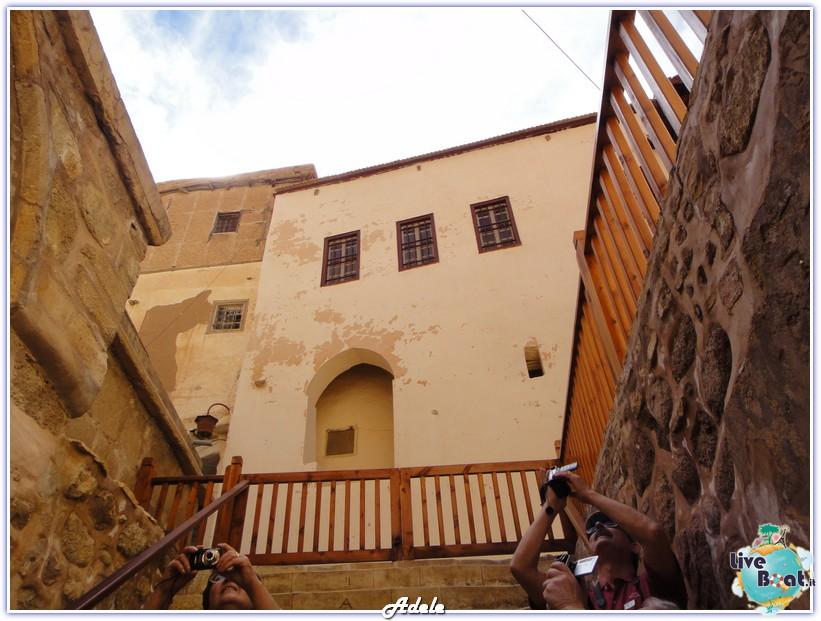 Grande Crociera del Mar Rosso - Costa Voyager-foto-monasterosantacaterina-grandecrocieramarrosso-forumcrociereliveboat-6-jpg
