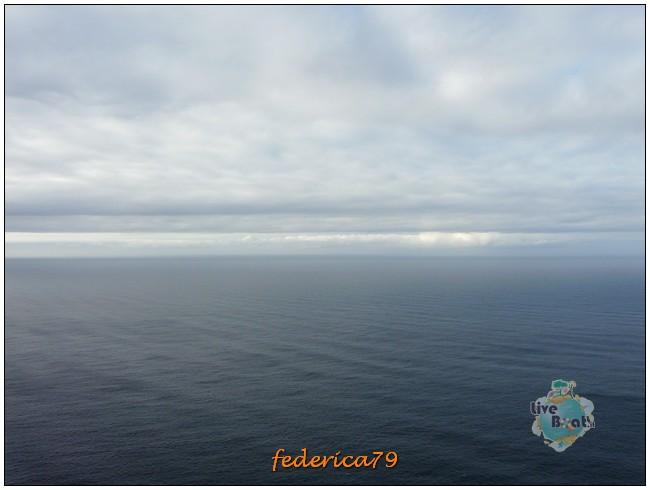 Costa Luminosa-Sole di Mezzanotte - 20 Luglio/1 Agosto 2010-47costaluminosahonningsvagcaponord-jpg
