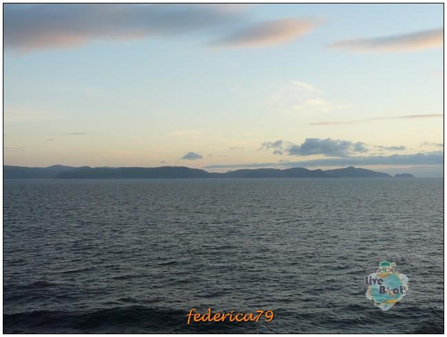 Costa Luminosa-Sole di Mezzanotte - 20 Luglio/1 Agosto 2010-57costaluminosahonningsvagcaponord-jpg