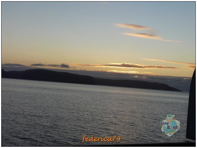 Costa Luminosa-Sole di Mezzanotte - 20 Luglio/1 Agosto 2010-59costaluminosahonningsvagcaponord-jpg