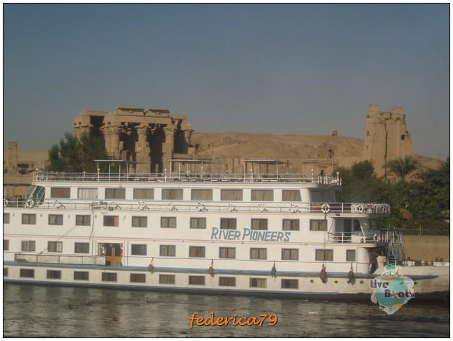 Crociera sul Nilo + Il Cairo 13/20-08-2006-43crocieranilomotonaveladycristina-jpg