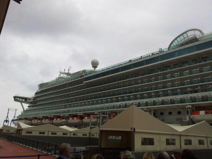 2014/04/02 - Genova - Visita nave  P&O Ventura-uploadfromtaptalk1396430406240-jpg