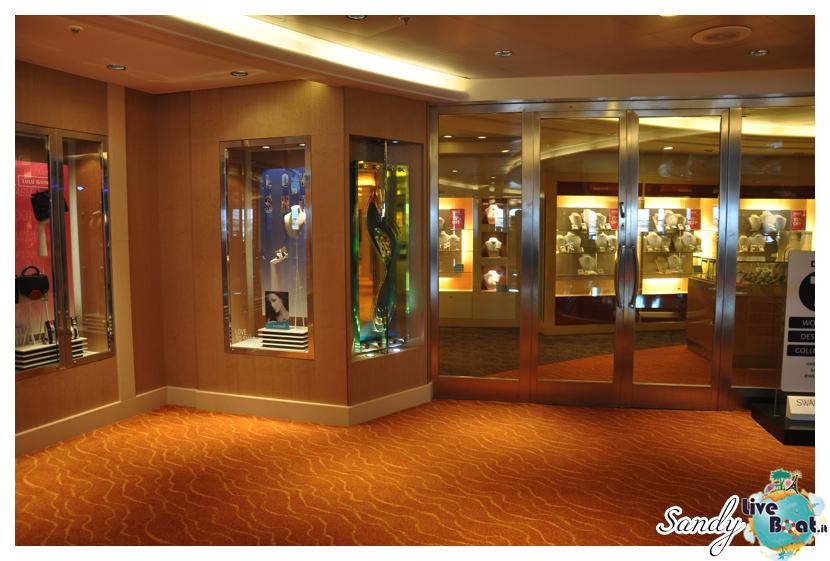 Shops - P&O Ventura-p-and-o_ventura_shops003-jpg