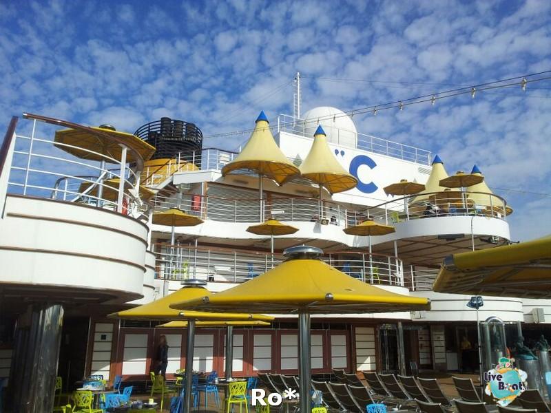 2014/04/13 - Marsiglia - Costa Favolosa-4-costa-favolosa-rosso-amaranto-marsiglia-diretta-liveboat-crociere-jpg