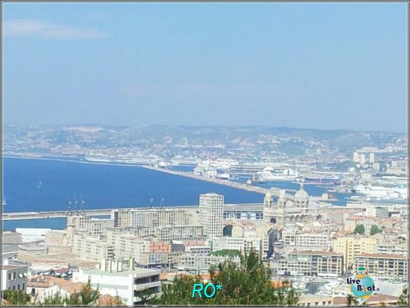 2014/04/13 - Marsiglia - Costa Favolosa-foto-costafavolosa-rosso-amaranto-marsiglia-dirella-liveboat-crociere-13-jpg