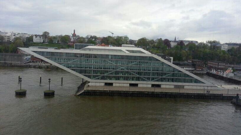 2014/04/18 Amburgo MSC Magnifica-uploadfromtaptalk1397840678205-jpg