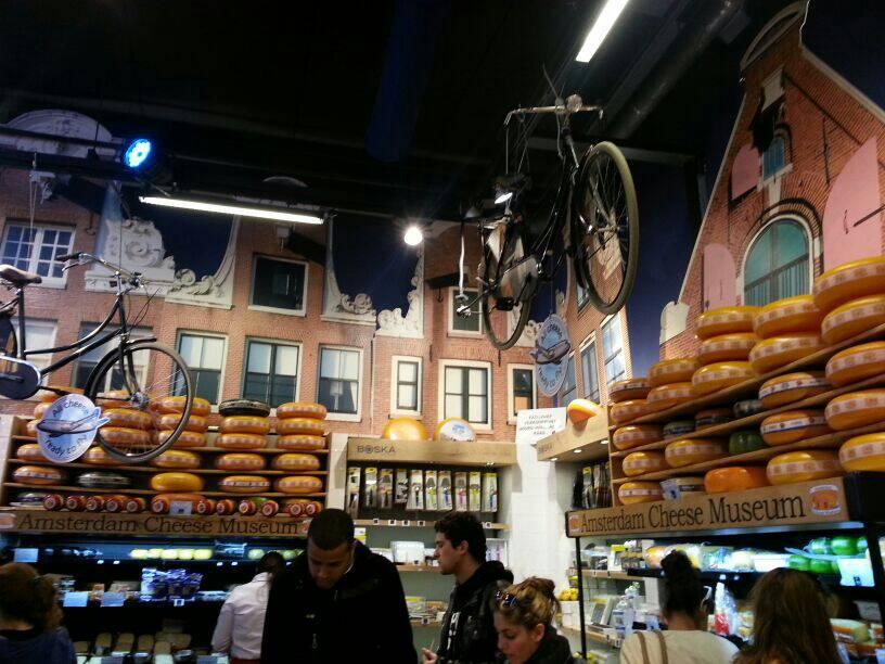 2014/04/20 Amsterdam MSC Magnifica-uploadfromtaptalk1398008093270-jpg