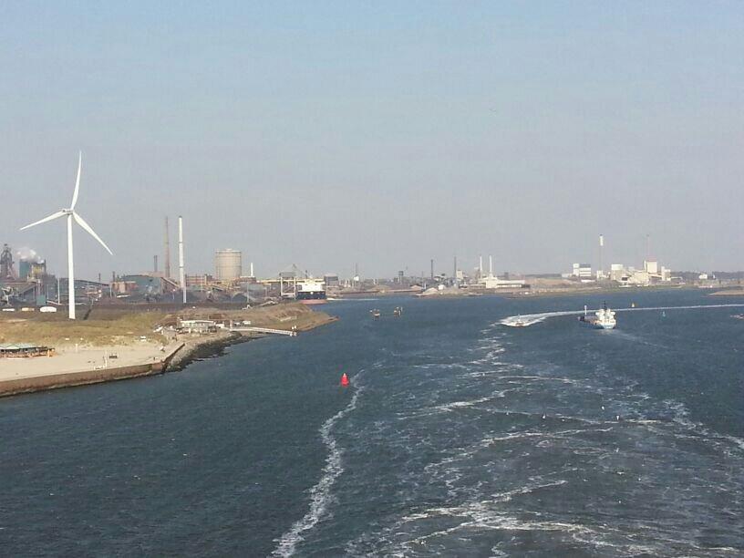 2014/04/20 Amsterdam MSC Magnifica-uploadfromtaptalk1398010095957-jpg