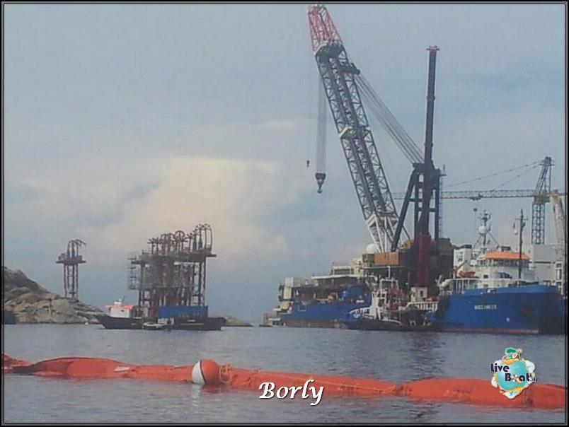Concordia, si fa largo soluzione turca-foto6costaconcordia-giglioconcordia-concordiaalgiglio-jpg