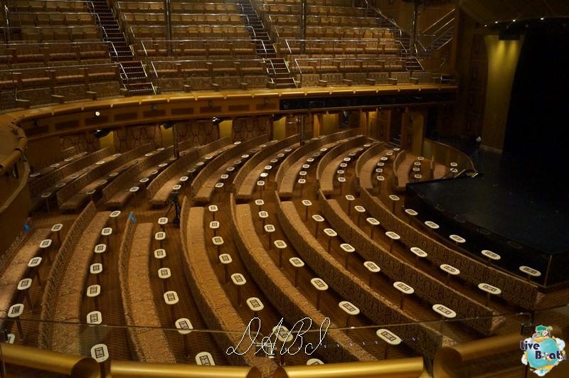 Teatro Urbino-costamagica32liveboatcrociere-dabi-jpg