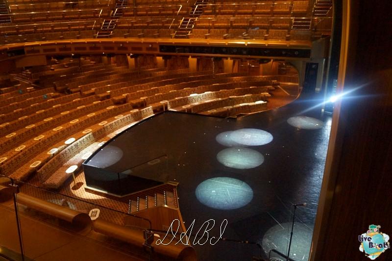 Teatro Urbino-costamagica34liveboatcrociere-dabi-jpg