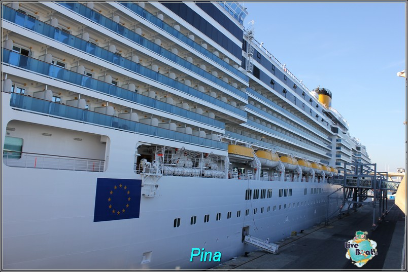 La nave-foto-costaluminosa-costacrociere-liveboat-121-jpg