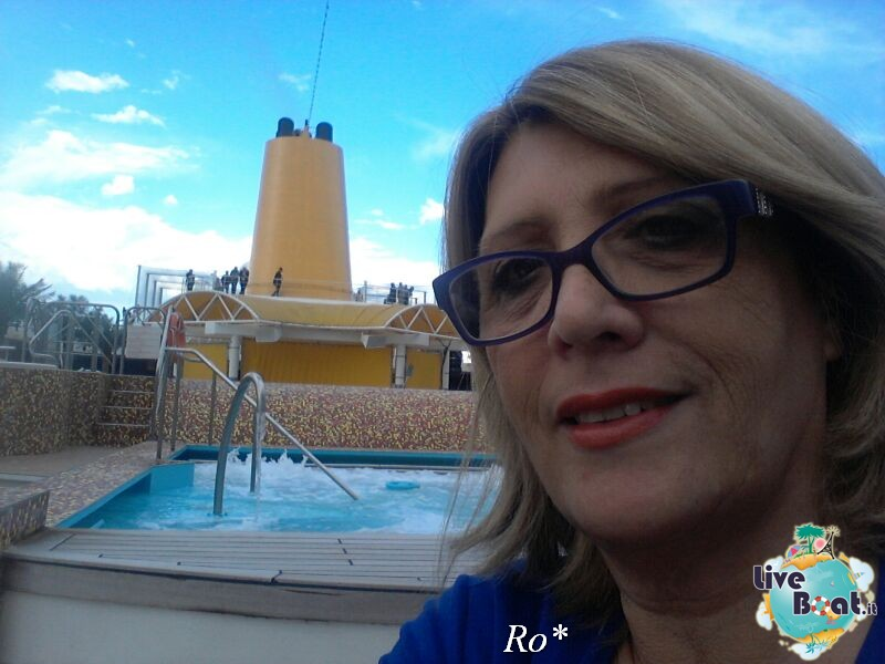 2014/05/14 - Savona (imbarco ) - Costa neoRiviera-81foto-costa-neoriviera-savona-imbarco-diretta-liveboat-crociere-jpg