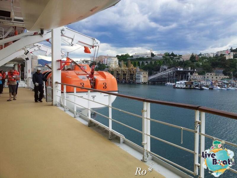 2014/05/14 - Savona (imbarco ) - Costa neoRiviera-98foto-costa-neoriviera-savona-imbarco-diretta-liveboat-crociere-jpg