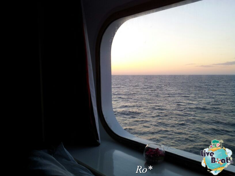 2014/05/15 - Tolone - Costa neoRiviera-7foto-costa-neoriviera-savona-imbarco-diretta-liveboat-crociere-jpg