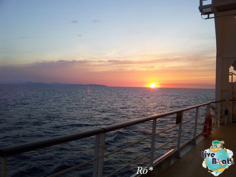 2014/05/17 - Barcellona 2 - Costa neoRiviera-1foto-costa-neoriviera-diretta-liveboat-crociere-jpg