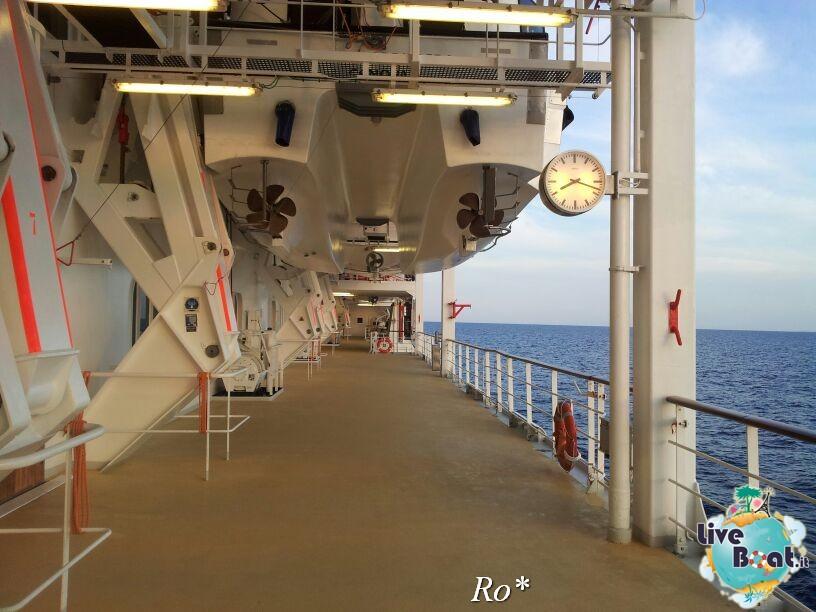 2014/05/17 - Barcellona 2 - Costa neoRiviera-8foto-costa-neoriviera-diretta-liveboat-crociere-jpg