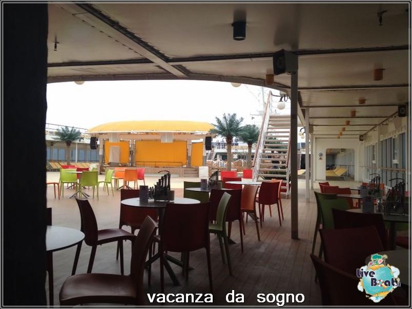 Visita su Costa Neoriviera-90costaneoriviera-costacrociere-direttaliveboatcrociere-jpg